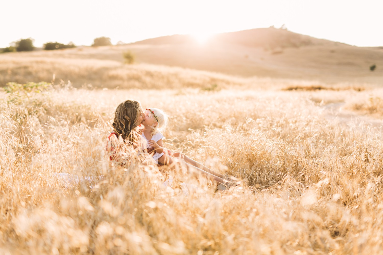 sunset-field-family-mother-daughter-7_web