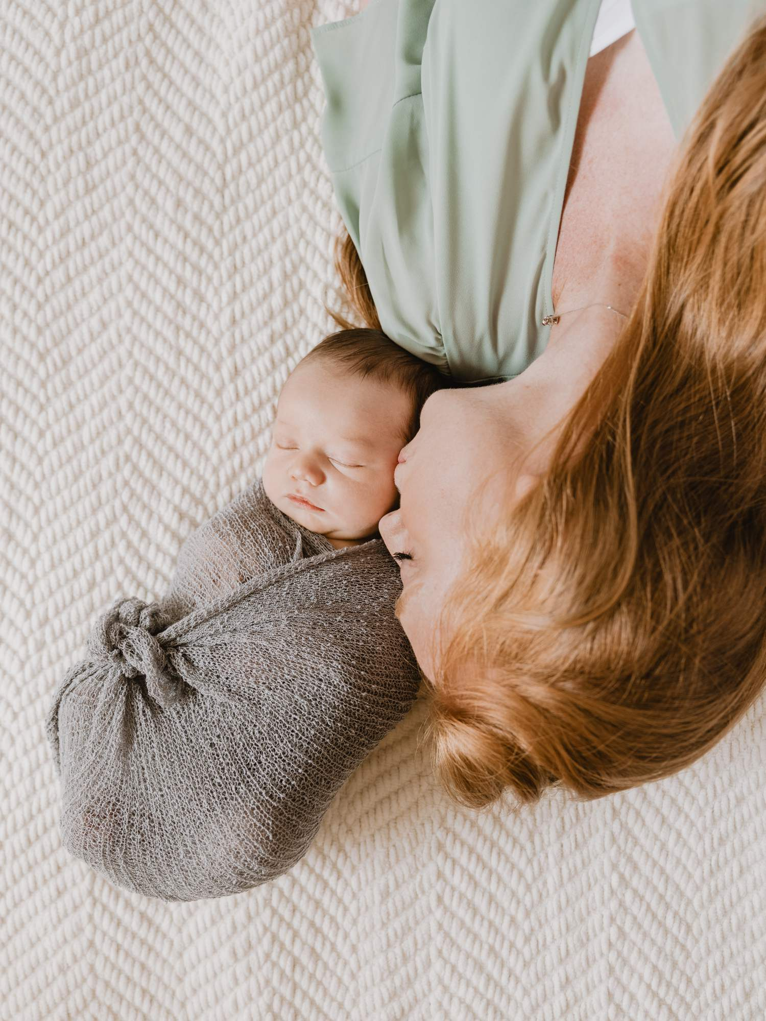 in-home-newborn-family_0007